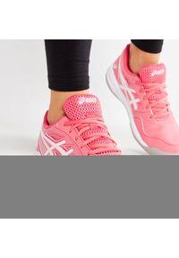 Różowe buty do tenisa Asics