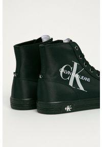 Czarne wysokie trampki Calvin Klein Jeans z okrągłym noskiem, na sznurówki