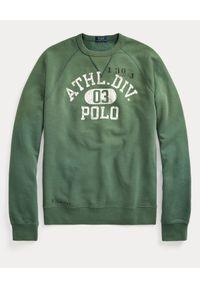 Ralph Lauren - RALPH LAUREN - Zielona bluza z nadrukiem. Okazja: na co dzień. Typ kołnierza: bez kaptura, polo. Kolor: zielony. Materiał: bawełna. Długość rękawa: długi rękaw. Długość: długie. Wzór: nadruk. Styl: sportowy, casual