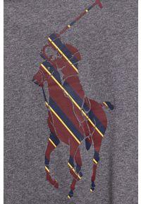 Polo Ralph Lauren - Longsleeve bawełniany. Okazja: na co dzień. Typ kołnierza: polo. Kolor: szary. Materiał: bawełna. Długość rękawa: długi rękaw. Wzór: nadruk. Styl: casual