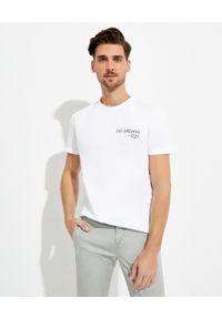 FAY - Biały t-shirt z logo. Kolor: biały. Materiał: bawełna. Wzór: napisy. Styl: klasyczny