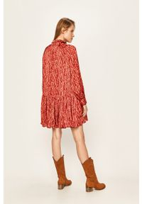 Wielokolorowa sukienka Glamorous raglanowy rękaw, oversize