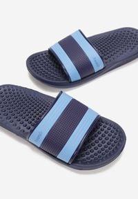 Born2be - Granatowo-Niebieskie Klapki Thaddous. Kolor: niebieski