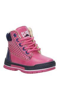 Różowe buty zimowe Casu w grochy