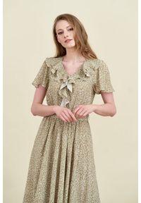 Marie Zélie - Sukienka Eulalia Vacanza oliwkowa. Kolor: oliwkowy. Materiał: wiskoza. Długość rękawa: krótki rękaw. Długość: midi