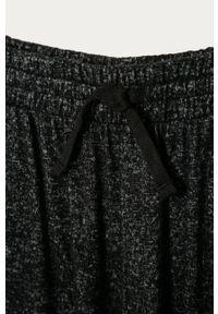 Czarne spodnie dresowe GAP na co dzień, casualowe