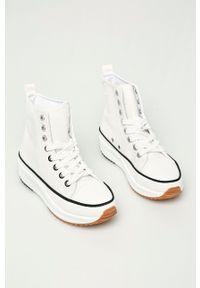 Answear Lab - Trampki. Nosek buta: okrągły. Zapięcie: sznurówki. Kolor: biały. Materiał: guma. Szerokość cholewki: normalna. Obcas: na platformie. Styl: wakacyjny