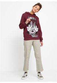 Bluza z kapturem i nadrukiem Myszki Minnie bonprix czerwony klonowy. Typ kołnierza: kaptur. Kolor: czerwony. Wzór: motyw z bajki, nadruk
