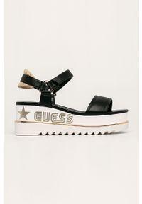 Czarne sandały Guess Jeans na rzepy, na platformie, bez obcasa