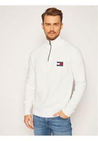 Biały sweter klasyczny Tommy Jeans