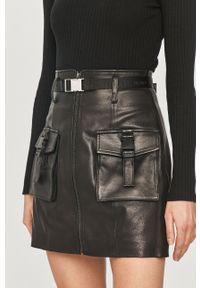 Czarna spódnica Miss Sixty na co dzień, gładkie, klasyczna, z podwyższonym stanem