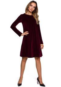 MOE - Trapezowa Sukienka z Weluru - Bordowa. Kolor: czerwony. Materiał: welur. Typ sukienki: trapezowe