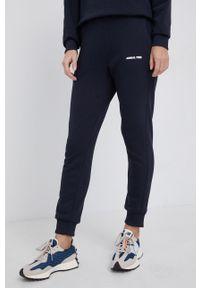 Save The Duck - Spodnie. Kolor: niebieski. Materiał: dzianina. Wzór: gładki
