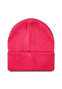 Różowa czapka zimowa Guess