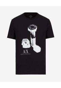 Armani Exchange - ARMANI EXCHANGE - Czarny t-shirt z kontrastowym nadrukiem. Kolor: czarny. Materiał: materiał. Wzór: nadruk