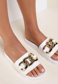 Renee - Białe Klapki Cirikaia. Nosek buta: okrągły. Kolor: biały. Materiał: materiał, guma. Styl: klasyczny