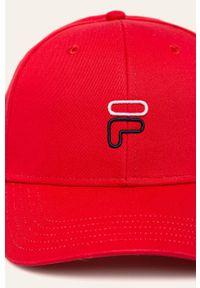 Czerwona czapka z daszkiem Fila