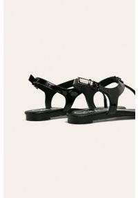 Czarne sandały Calvin Klein na klamry