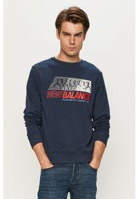 Niebieska bluza nierozpinana New Balance z nadrukiem, bez kaptura
