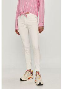 Białe jeansy Calvin Klein Jeans gładkie