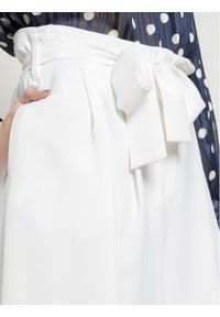 iBlues Kuloty Turbigo 71311801 Biały Regular Fit. Kolor: biały