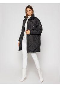 Czarny płaszcz zimowy Tommy Jeans