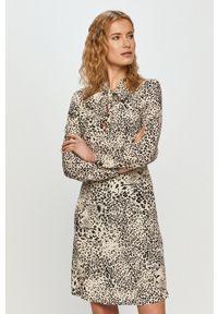 Liu Jo - Sukienka. Kolor: biały. Materiał: tkanina. Długość rękawa: długi rękaw. Typ sukienki: rozkloszowane