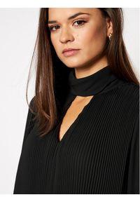 iBlues Sukienka koktajlowa Corte 72260507 Czarny Regular Fit. Kolor: czarny. Styl: wizytowy #4