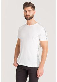 T-shirt Versace Jeans w kolorowe wzory