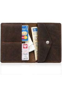 Skórzany cienki portfel slim wallet z miejscem na monety BRODRENE SW08 ciemnobrązowy. Kolor: brązowy. Materiał: skóra