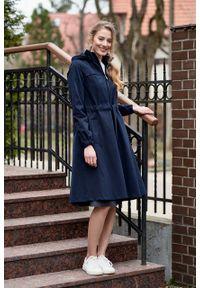 Marie Zélie - Parka Linda bawełna z elastanem granatowa. Kolor: niebieski. Materiał: bawełna, elastan. Długość: długie. Sezon: lato