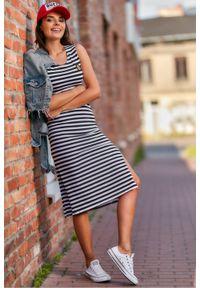 Infinite You - Długa bawełniana prosta sukienka na szerokich ramiączkach. Materiał: bawełna. Długość rękawa: na ramiączkach. Typ sukienki: proste. Styl: wakacyjny. Długość: maxi