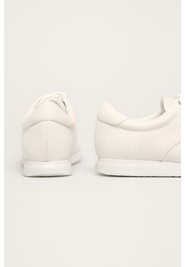 Białe buty sportowe vagabond z cholewką, z okrągłym noskiem