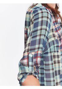 Niebieska koszula TOP SECRET w kolorowe wzory, na jesień, długa