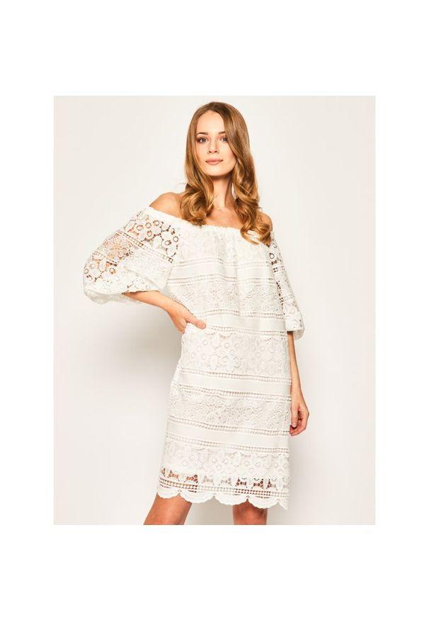 Biała sukienka Luisa Spagnoli na lato