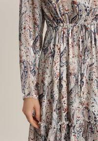 Renee - Biała Sukienka Talolure. Kolor: biały. Materiał: tkanina, wiskoza. Długość rękawa: długi rękaw. Długość: mini