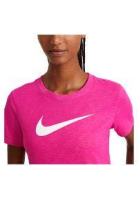 Koszulka treningowa damska Nike Tee Crew Dri-FIT AQ3212. Materiał: bawełna, dzianina, materiał, skóra, poliester. Technologia: Dri-Fit (Nike)