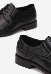 Born2be - Czarne Półbuty Heleope. Nosek buta: okrągły. Zapięcie: sznurówki. Kolor: czarny. Szerokość cholewki: normalna. Wysokość cholewki: przed kostkę. Materiał: skóra. Obcas: na obcasie. Styl: wizytowy. Wysokość obcasa: niski