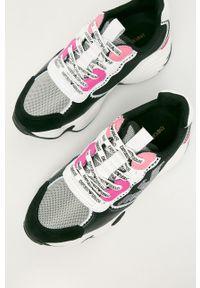 Czarne buty sportowe Emporio Armani z okrągłym noskiem, z cholewką