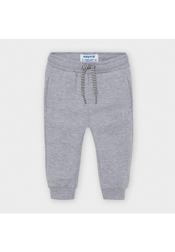 Szare spodnie dresowe Mayoral