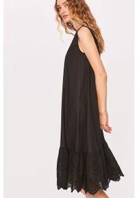 Czarna sukienka Answear Lab na co dzień, casualowa