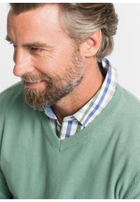 Zielony sweter bonprix klasyczny, z dekoltem w serek