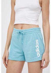 Adidas - adidas - Szorty. Okazja: na co dzień. Kolor: niebieski. Materiał: bawełna, dzianina, poliester. Wzór: nadruk. Styl: casual