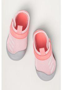 Różowe sandały Adidas z okrągłym noskiem, na rzepy