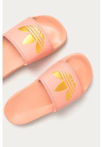 Różowe klapki adidas Originals