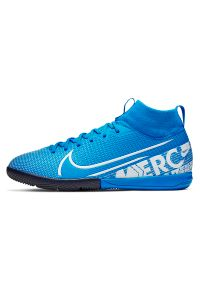 Buty dla dzieci do piłki nożnej Nike Mercurial Superfly 7 Academy IN AT8135. Materiał: materiał, skóra, guma, syntetyk. Szerokość cholewki: normalna. Sport: piłka nożna