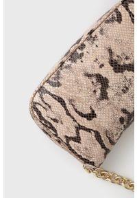 Furla - Torebka skórzana MOON. Kolor: beżowy. Materiał: skórzane. Rodzaj torebki: na ramię