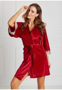 Saintmiss - Peniuar z koronką na rękawie // Nina - Uniwersalny, Czerwony. Kolor: czerwony. Materiał: koronka. Długość: długie. Wzór: koronka