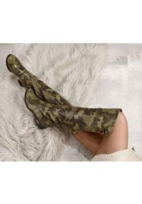 Kozaki Zapato wąskie, na jesień, z cholewką przed kolano