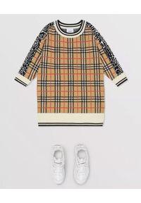 BURBERRY CHILDREN - Wełniana sukienka 6-14 lat. Kolor: brązowy. Materiał: wełna. Długość rękawa: długi rękaw. Wzór: aplikacja. Sezon: lato